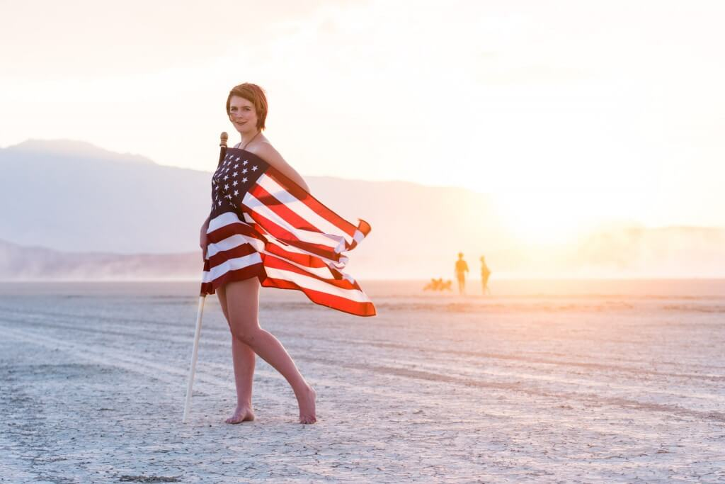 2016_07_03_hannah_american_flag_web